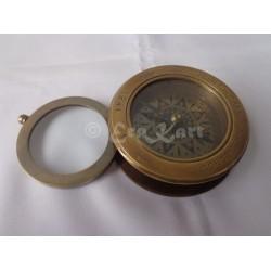 Brass Compass W Magnifier